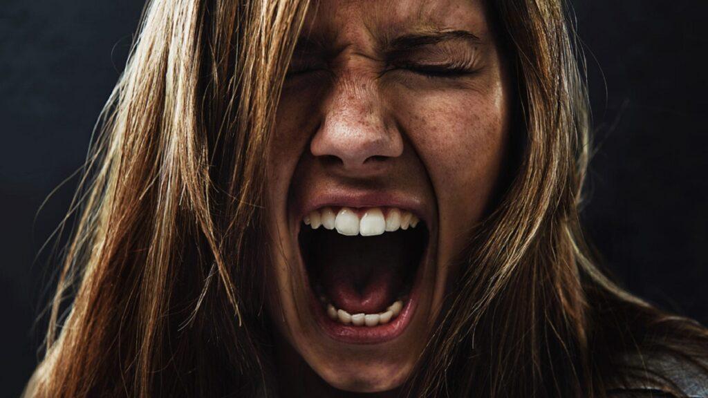 Жінка з психічними розладами вбила знайомого з особливою жорстокістю