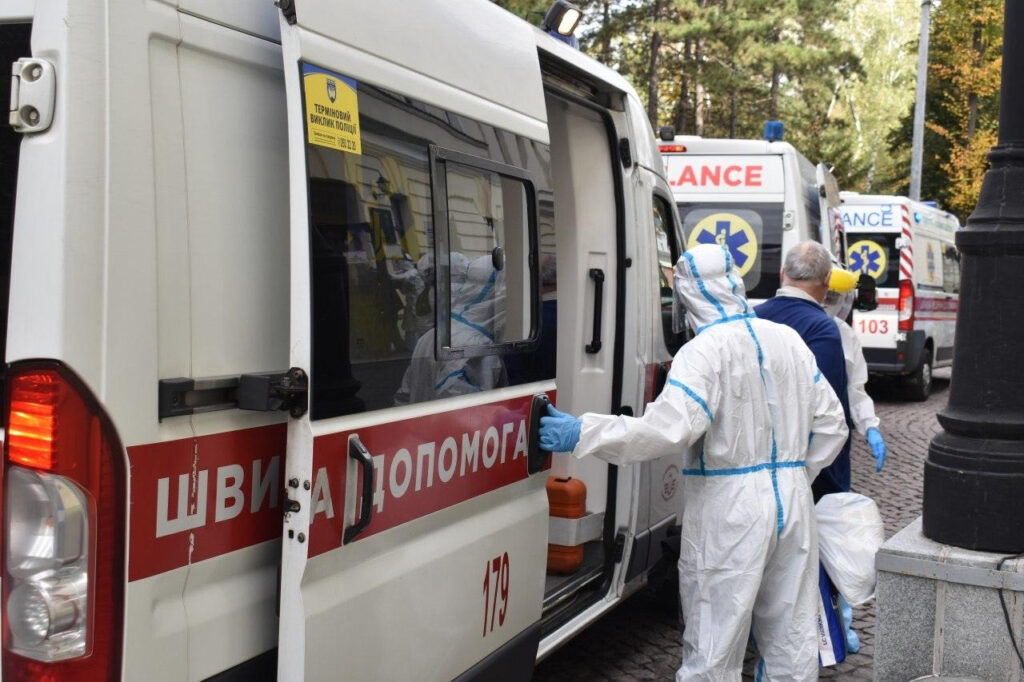 Риженко про ситуацію з COVID-19 у Мечникова: «Нескінченний потік швидких»