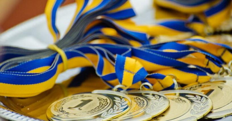 Сумоїсти Дніпропетровщини здобули 44 медалі на чемпіонаті України