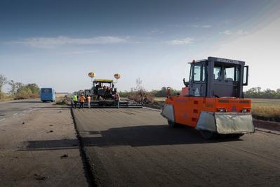 На Дніпропетровщині оновлюють понад 58 км траси Дніпро-Кривий Ріг-Миколаїв