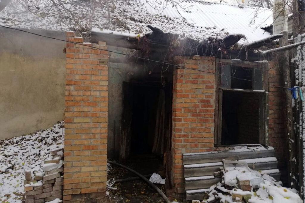 Знов пожежа: у Дніпрі через вогонь постраждав чоловік