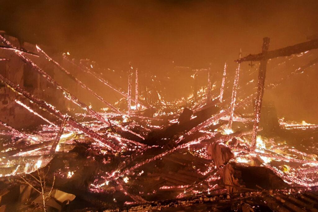 У Софіївському районі ліквідовано пожежу на території приватного домоволодіння