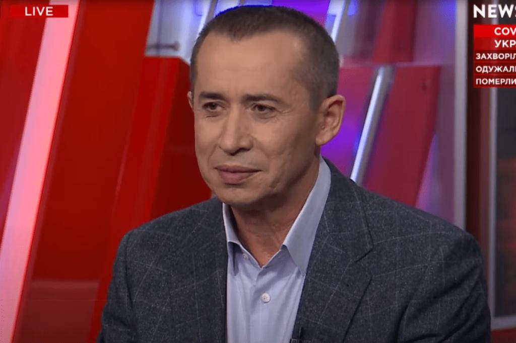 Загід Краснов: «Муніципальні надбавки до зарплат вчителів, медиків і соціальних працівників будуть повернуті»