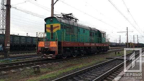 Перерізав навпіл: біля станції «Кривий Ріг» чоловік загинув під колесами потяга