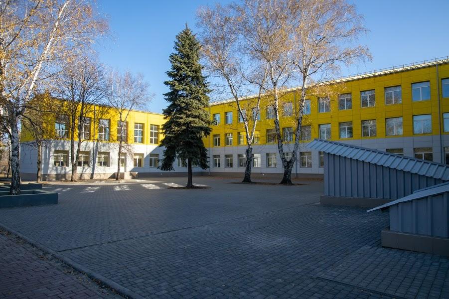 Яскрава і затишна: як виглядає оновлена школа в Іларіоновому?