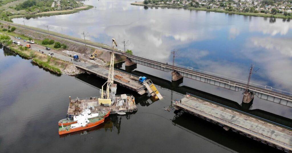 На Дніпропетровщині два місяці будуватимуть новий міст замість зруйнованого фурою