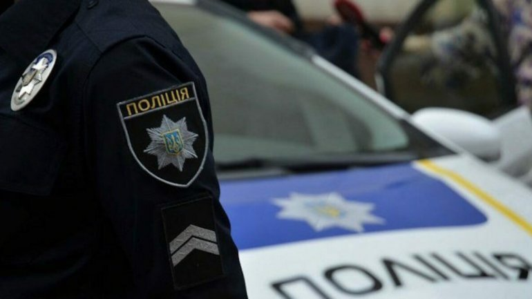 Патрульні Дніпра затримали ймовірних грабіжників на одному з центральних проспектів міста