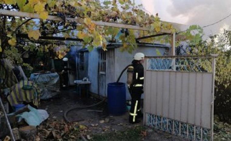 Під Дніпром згорів дачний будинок: є загиблі