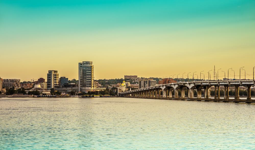 Дніпро можуть позбавити декількох районів