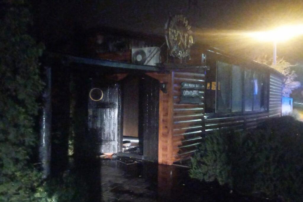 На лівому березі Дніпра палало кафе. Які наслідки пожежі?
