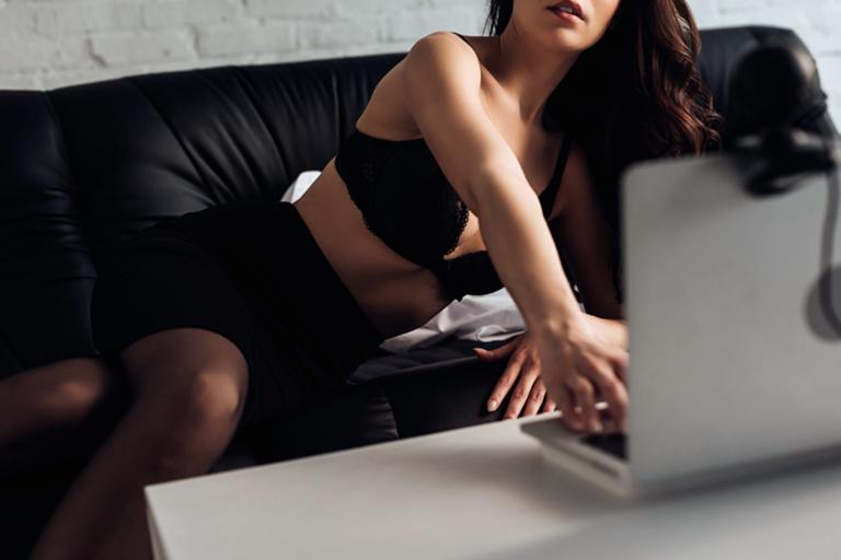 У Дніпрі поліція викрила діяльність двох онлайн порностудій