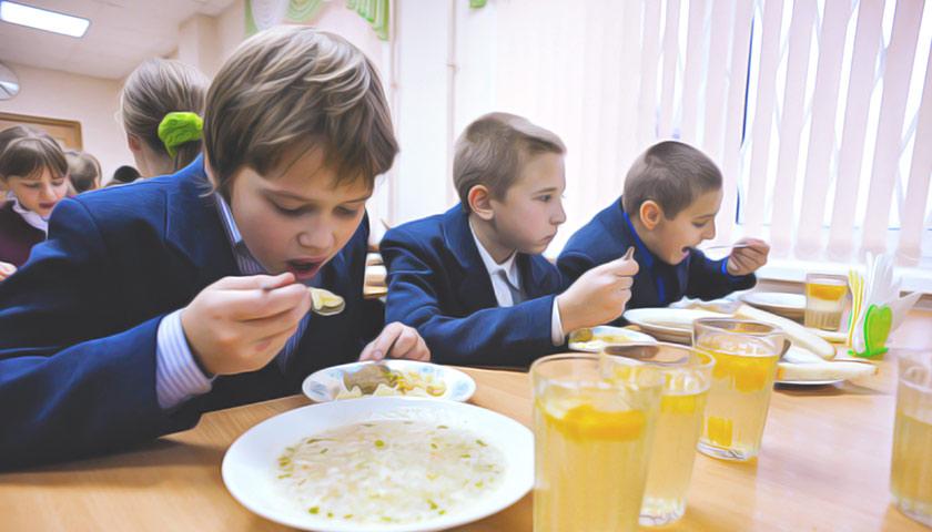У Дніпрі школярів-пільговиків та тих, за кого платять батьки, годують по-різному
