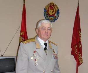 Депутат Дніпровської райради відсудив собі щомісячну пенсію у 77,7 тис. грн