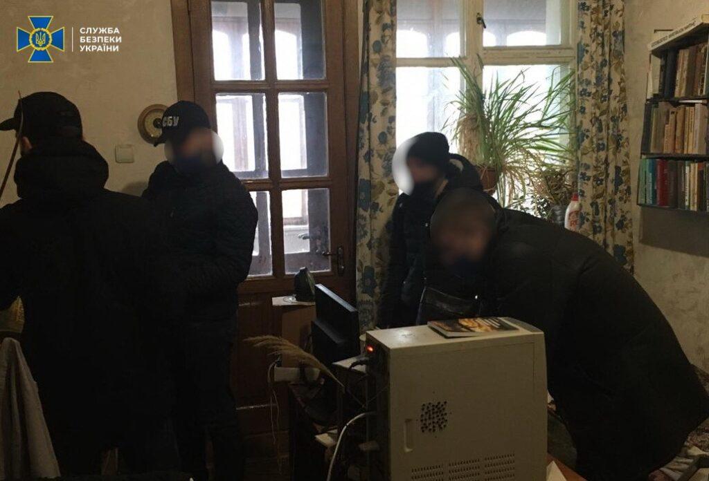 СБУ викрила у трьох регіонах України інтернет-агітаторів на закликах до захоплення влади та зміни меж держкордону