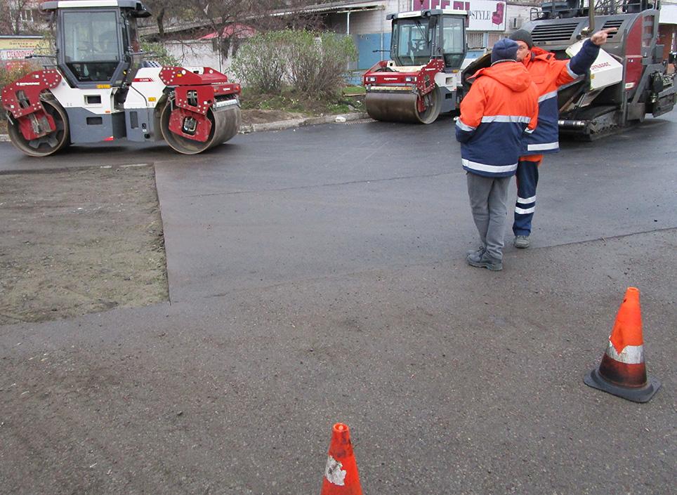 Дві корбанівські фірми сьогодні розіграють 100 млн на ремонт автошляхів