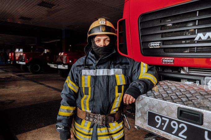 Вогнеборці міста і області гасять займання та рятують людей (ФОТО/ВІДЕО)