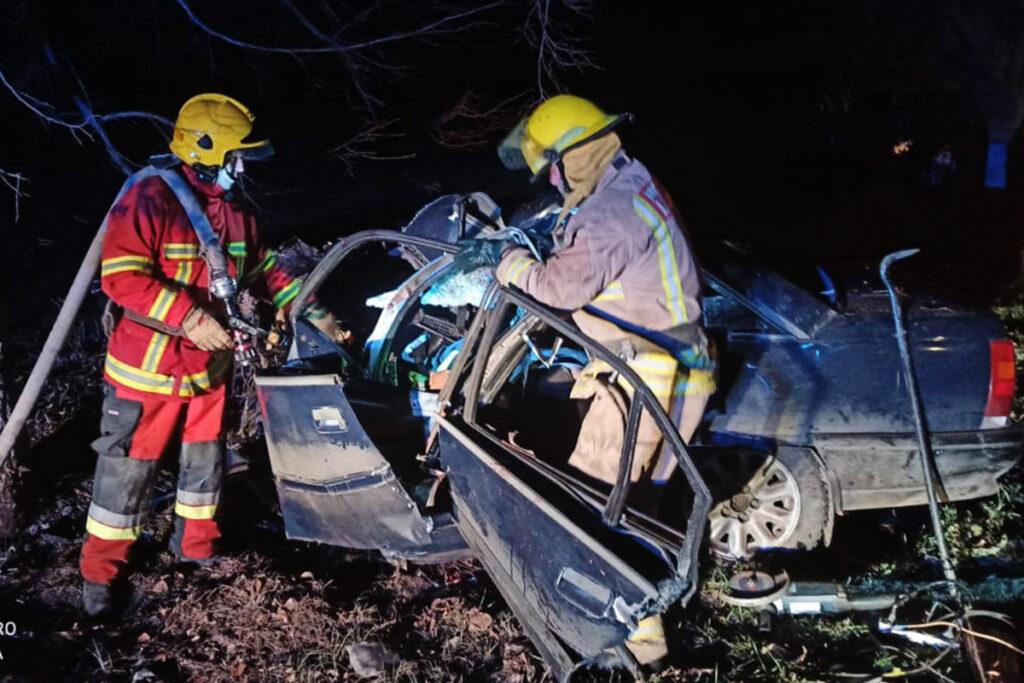 Загинув водій: у Покровському районі авто врізалося в дерево