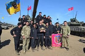 У Будинку офіцерів Кривого Рогу  нагородили військових 17-ї окремої танкової бригади