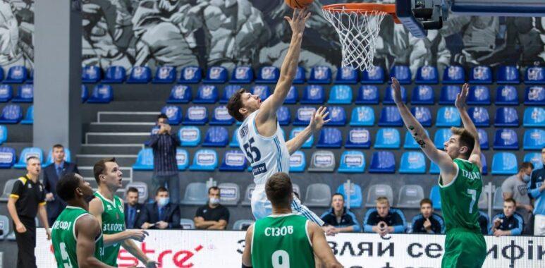Вирішальні 2 очки: БК «Дніпро» програло «Запоріжжю»