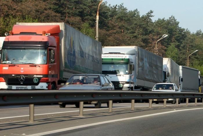 Вантажівкам заборонять їздити по вулицях Дніпра