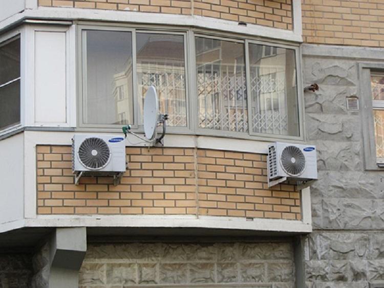 В Україні хочуть штрафувати за неправильно встановлені кондиціонери на будинках