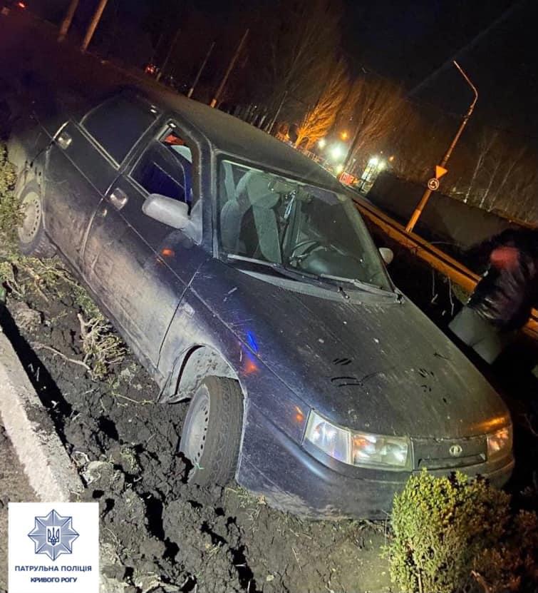 У Кривому Розі нетверезий водій пропонував інспекторам 10 000 гривень