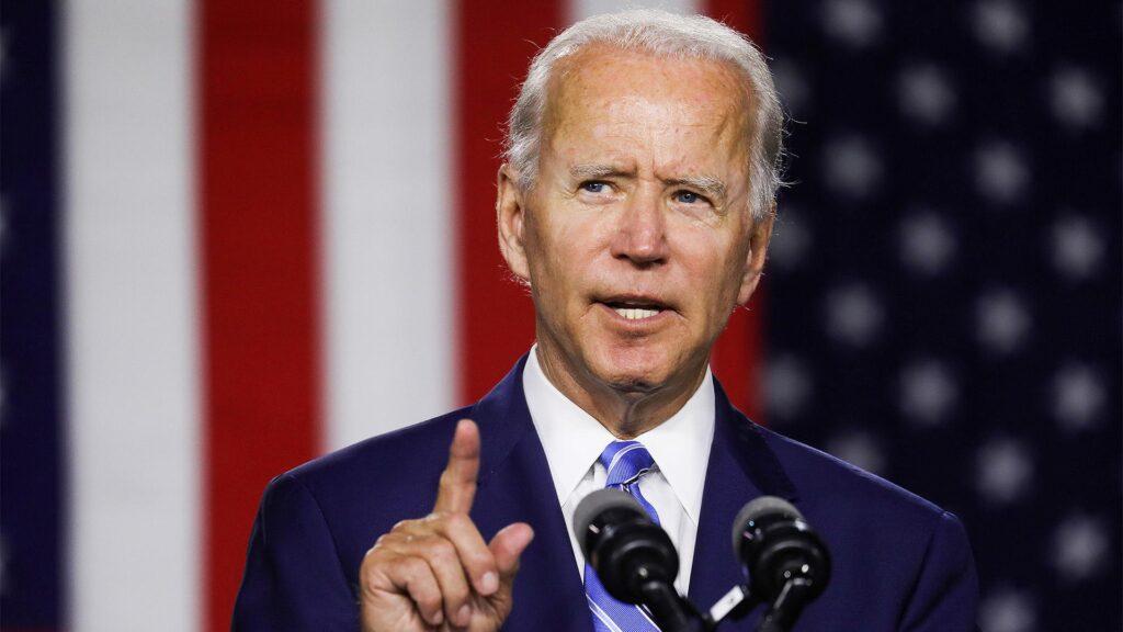 """Конгрес схвалив """"план порятунку США"""" на $1,9 трлн. Тепер його має підписати Байден"""