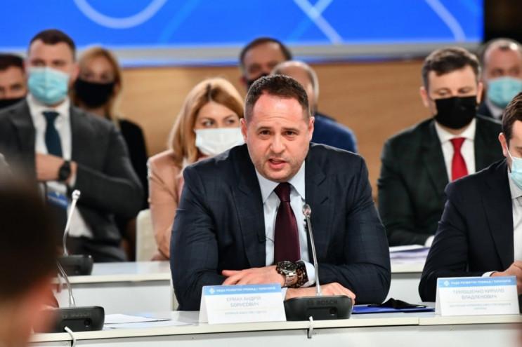 Андрій Єрмак заявив, що план миру на Донбасі готовий і чекає схвалення від Росії