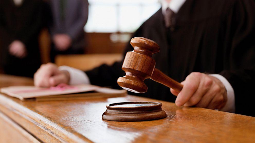 ВАКС на 3,5 роки позбавив волі суддю з Дніпра за зловживання владою