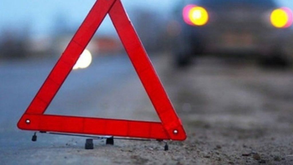 На Дніпропетровщині авто на великій швидкості збило жінку (відео)