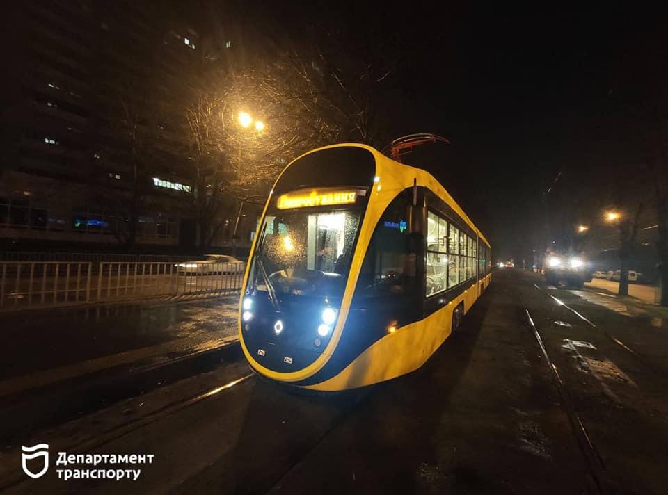 Який він, новий трамвай, виготовлений на Південмаші? (фото)