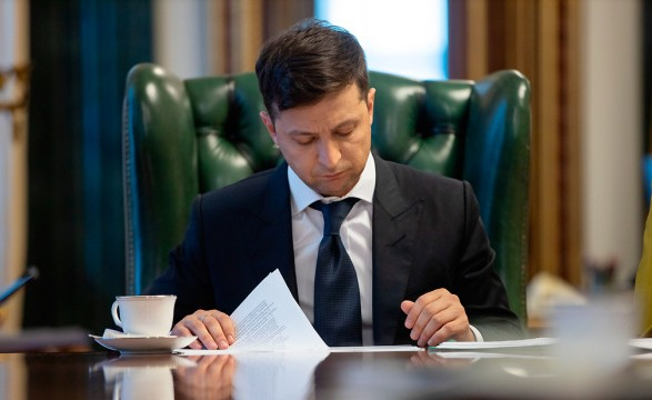 Зеленський звільнив послів в ЄС, Омані та ще ряд дипломатів