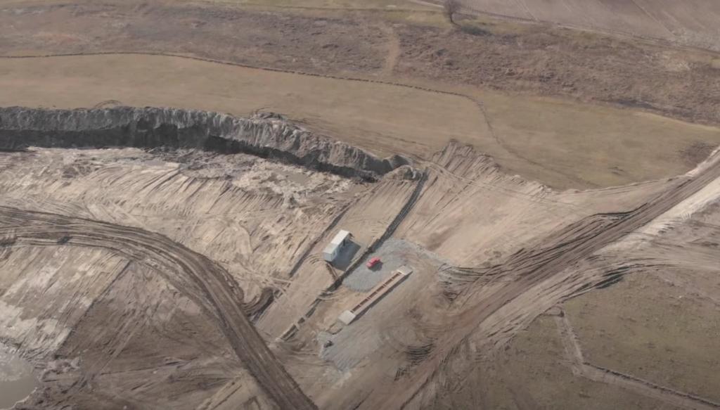Через нелегальний видобуток піску в селах Дніпропетровщини зникає питна вода