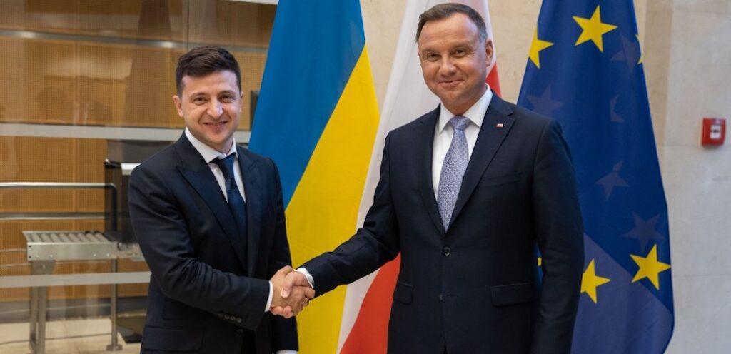 Зеленський візьме участь в саміті Європи в Польщі
