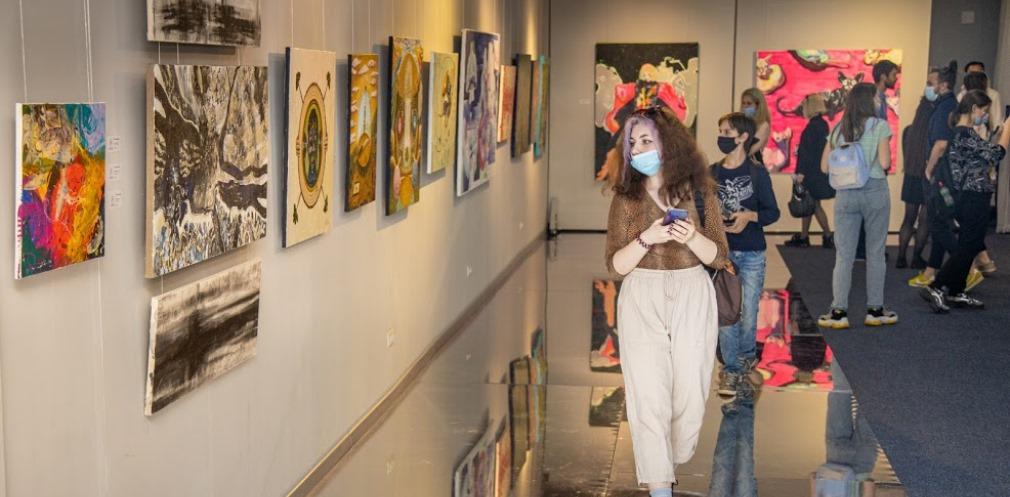 У музеї українського живопису відкрили виставку картин молодих художників Дніпропетровщини (ФОТОРЕПОРТАЖ)