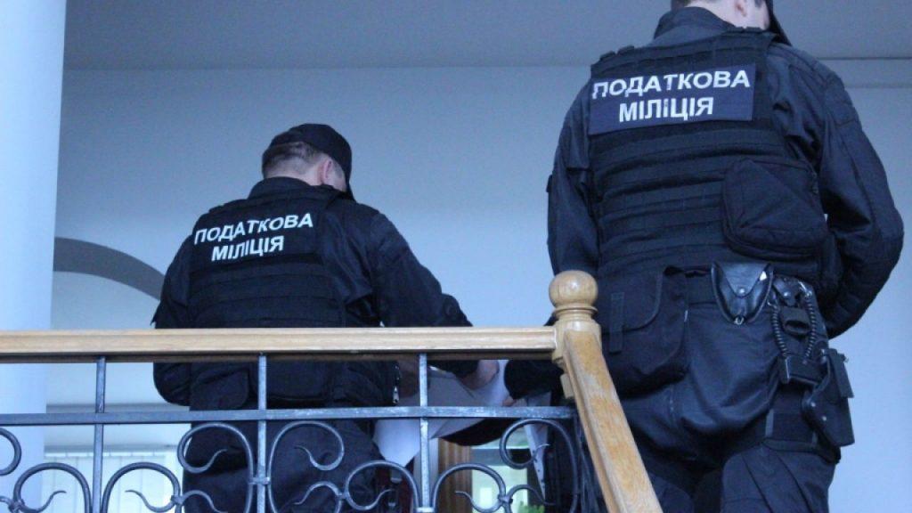 Податкова міліція на Дніпропетровщині викрила ухиляння від сплати податків на будівництві доріг