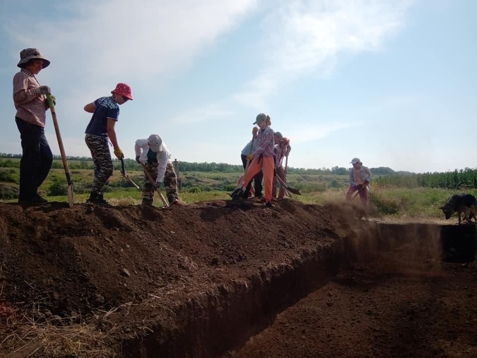 На Дніпропетровщині тривають дитячі археологічні розкопки
