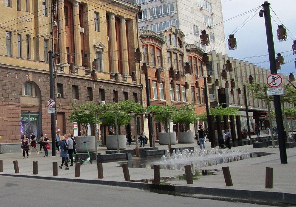 «Відкат» у 35%: що за рік з'ясувало слідство про розкрадання на реконструкції вул. Короленко у м. Дніпро