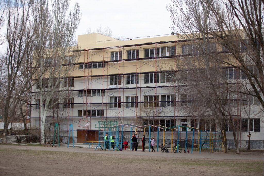 ДБР розшукує робітників, які енергомодернізували навчальні заклади м. Дніпра