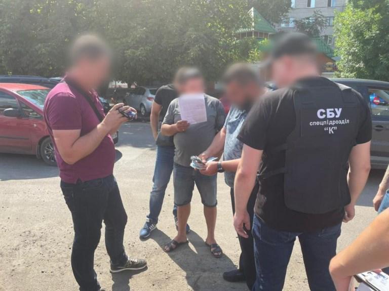 На Дніпропетровщині будуть судити військового за отримання хабаря