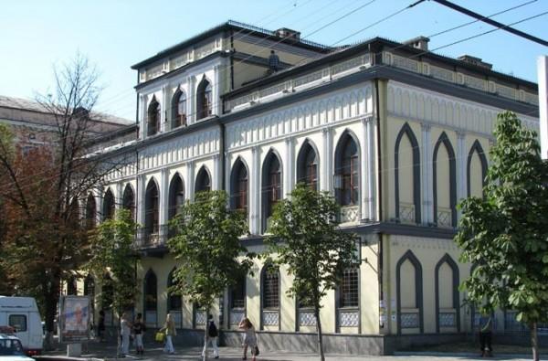 В Музеї історії Дніпра презентують роман-екшн про козаків