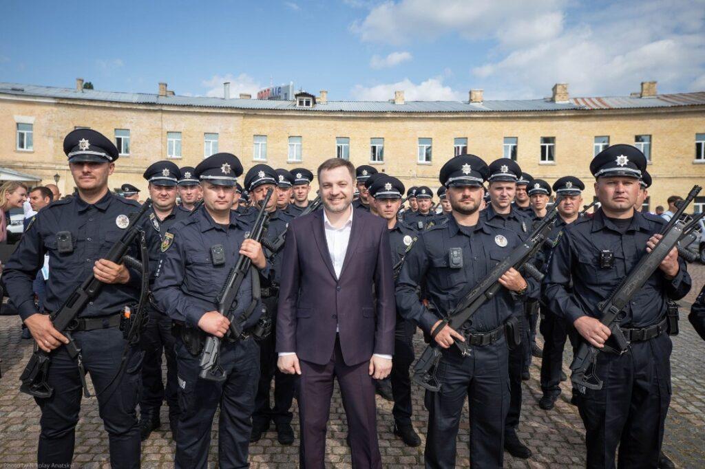 Новий очільник МВС вважає, що поліцейським потрібно підвищити зарплати